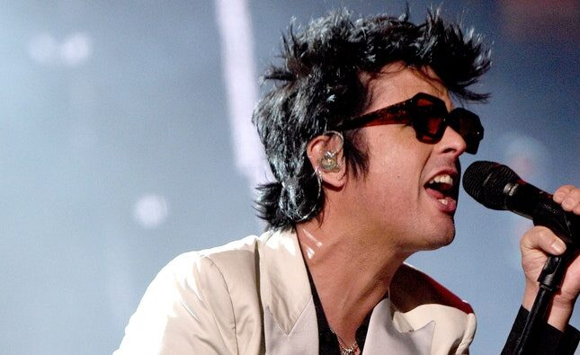 Billie Joe Armstrong of Green Day – I Think We're Alone Now (Video)