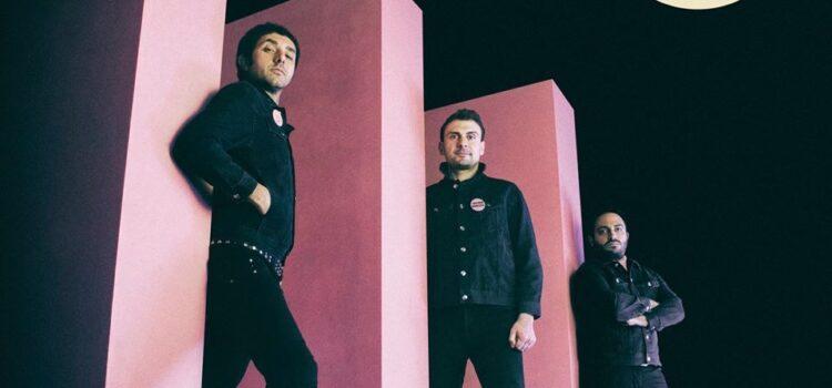 Faz Waltz lockdown special  – 'Mambo Sun'